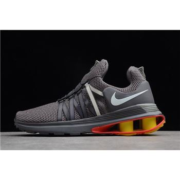 Nike Shox Gravity Gunsmoke White Total Crimson