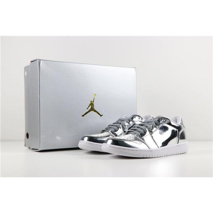 huge sale official photos undefeated x Air Jordan 1 Retro Low No Swoosh OG Pinnacle Metallic Silver ...